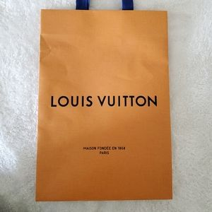 LOUIS VUITTON gift bag and envelope